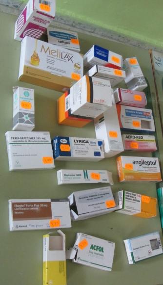 cristian-voltz-y-visita-centro-de-salud-014